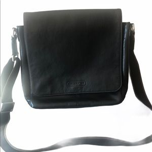 Coach black leather men's Heritage messenger bag